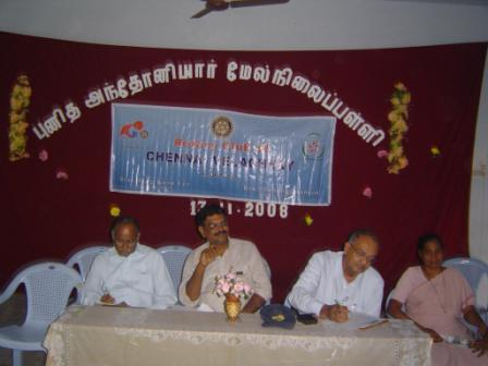 (Left to Right) Rtn. Gopalakrishnan, Rtn. Mukundhan and Rtn. Rajkumar as judges