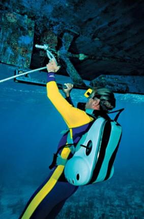 Emergency repair wearing Mini B shallow water scuba gear