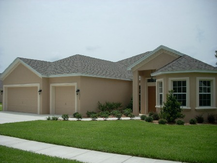 The exterior of the Whitney Model home at Oakford Estates