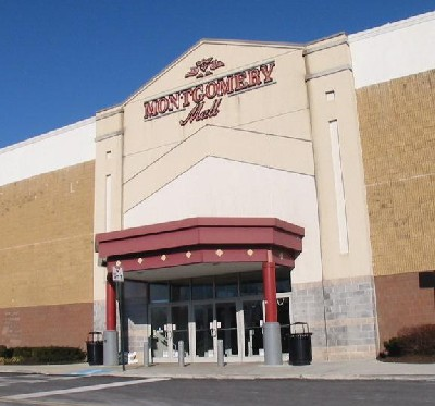 Montgomery Mall's Zumiez Couch Tour 2009