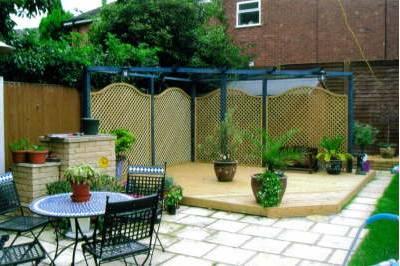 D&G Garden World offers garden landscaping advice throughout Essex and London