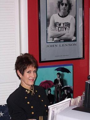 The Beatles Polska: Kessler zapowiada serię książek o Lennonie