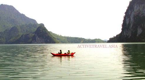 Kayaking Hoa Binh Lake, Vietnam