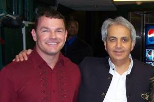 Paul with Pastor Benny Hinn at Miami Miracle Crusade - http://www.PaulFDavis.com