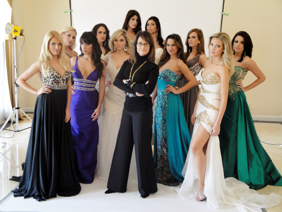 La Casa Hermosa Owner Robin Fleming Shown With Gowns to Be Featured on TLC