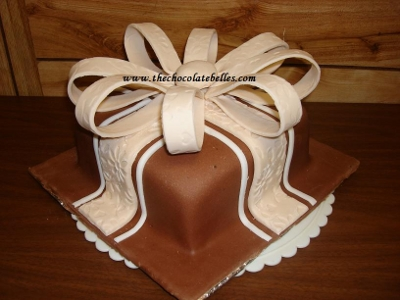 Cake Decorating Classes Central Nj : Learn How To Decorate Cakes in Fondant at Chocolate Belles ...