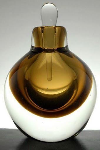 Dare to Be Bare Perfume