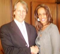 Sophia Bekele with Rob Beckstrom at DotConnectafrica offices Niarobi, Kenya