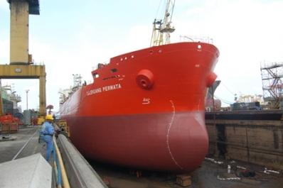 Tanker Selendang Permata nearing completion of repairs in Dock No. 04