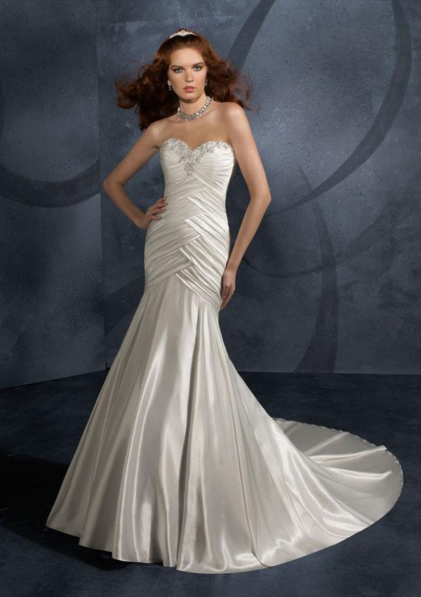 Strapless sweetheart jeweled beading satin mermaid trumpet for Satin mermaid style wedding dresses