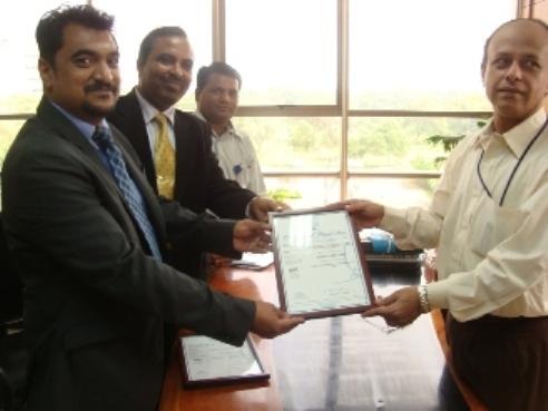 Mr. Devang Jhaveri with Mr. Ray, GSEG