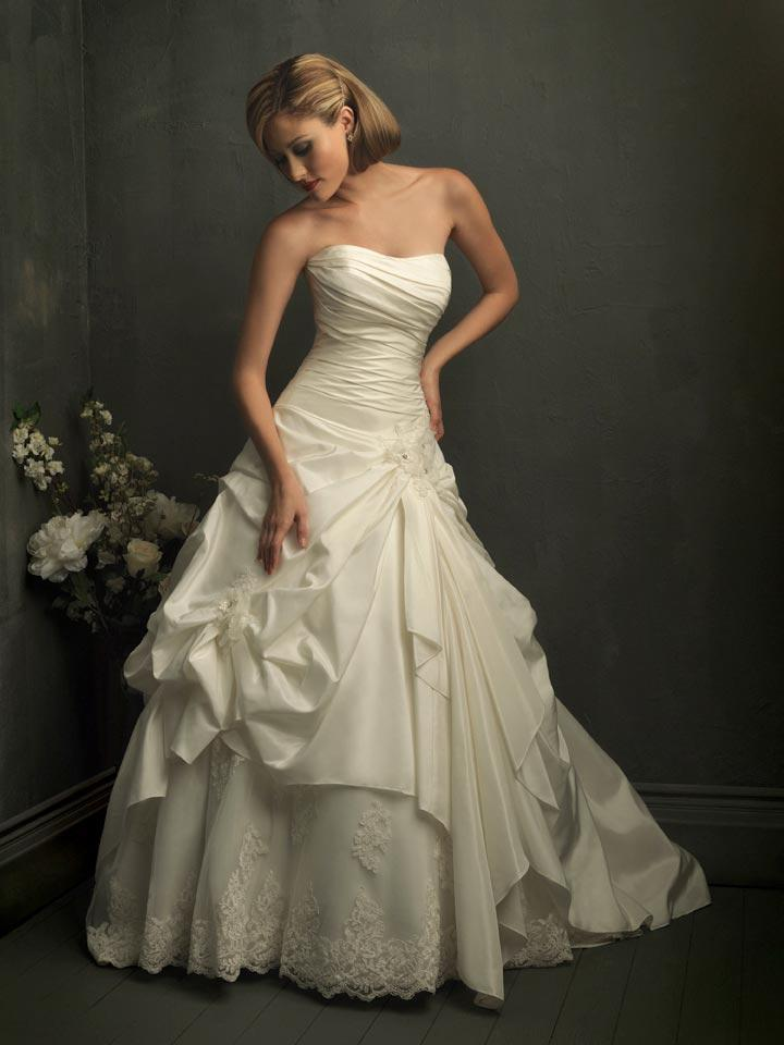 Ivory Strapless Lace Ball Gown Unique Formal Wedding Dress