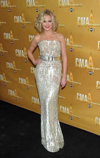 Laura Bell Bundy wears Jean Fares Couture!