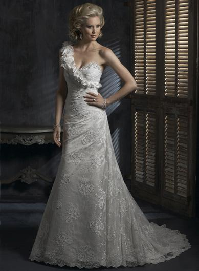 wedding dress lace sleeves