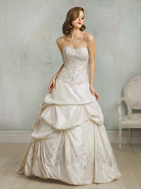 Strapless embroidered beaded ball gown formal vintage for Beaded vintage style wedding dresses