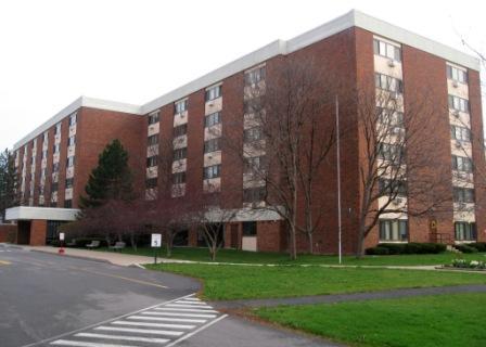 Laurel Oaks Apartments