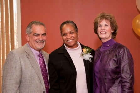 Home Instead Names CAREGiver of 2010 in CT