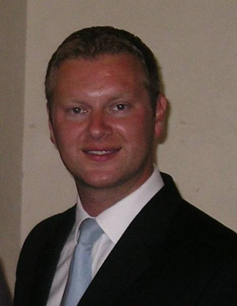 Tony Dark Sales Director, Lead Forensics