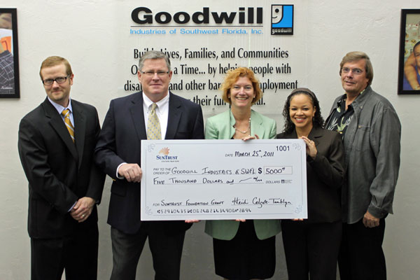SunTrust officials donate $5,000 to Goodwill SWFL