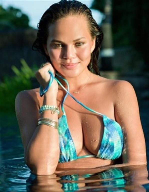 Chrissy Teigen in Vix Tides Embroidered Bikini