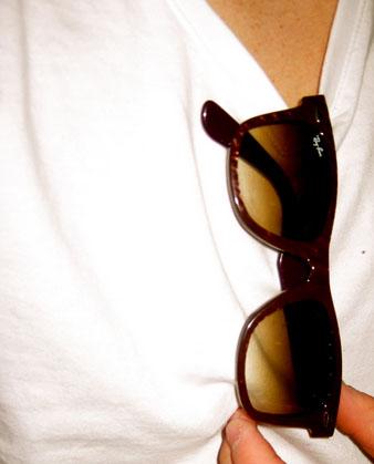 glasses_shirt