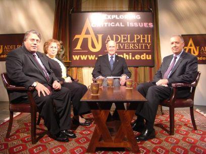 Dr. Robert Scott (center) with Guest Experts