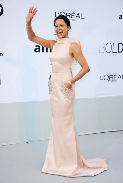 Michelle Rodriguez in Jean fares Couture!
