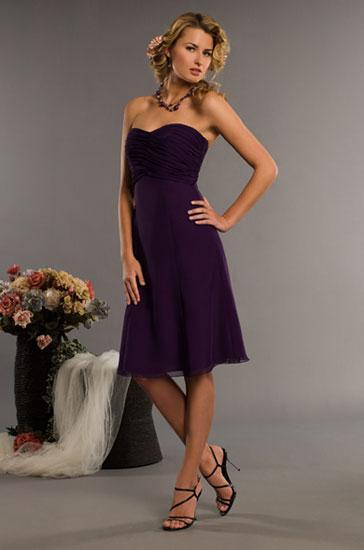 Strapless Knee Length Chiffon Grape Bridesmaid Dresses