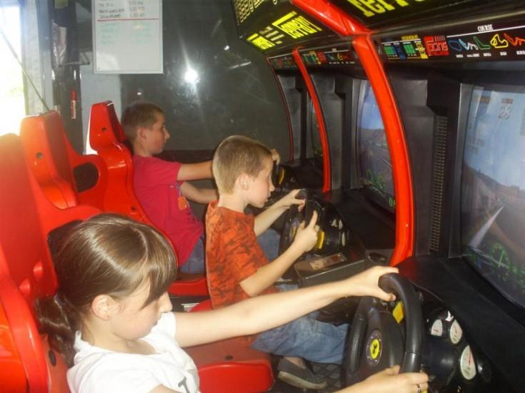MBW Party Racing Launch: Kids having fun
