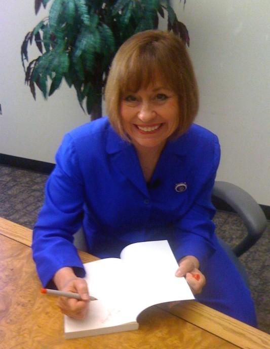 Sharron book signing2