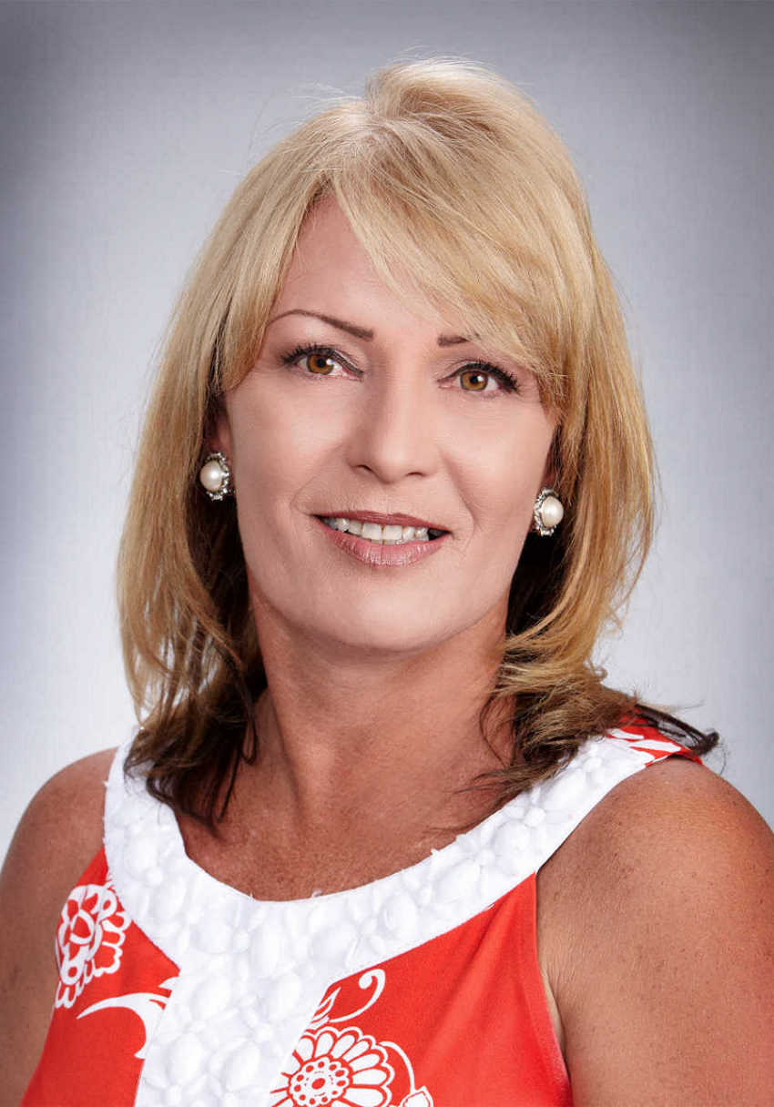 Teresa Perez Of Tim Shaw Insurance Gets Cpsr Certificate