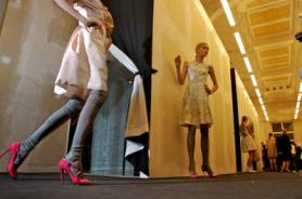 SensaSlim back stage fashion show