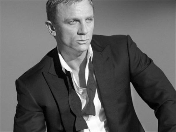 tom ford designs for james bond skyfall. Black Bedroom Furniture Sets. Home Design Ideas
