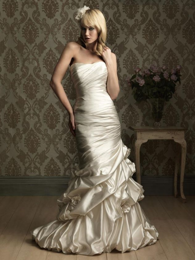 Romantic ruched embroidery satin mermaid wedding gown for Tight fitted mermaid wedding dresses