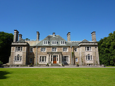 Christmas In Style A Scottish Castle Or Country Cottage