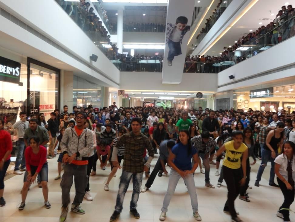Flash Mob at AlphaOne, Ahmedabad -3