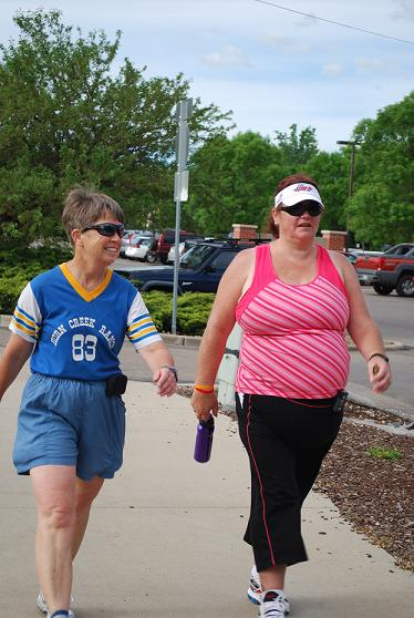 WILDfit Athletes on a powerwalk for fitness!