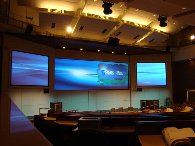SAS Briefing Center Featuring Christie MicroTiles