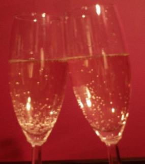 Singles-Toast to Valentine's season
