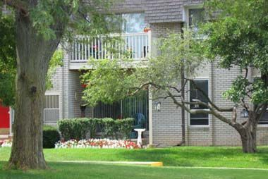 Embassy West Apartments, Waterford, Mich.