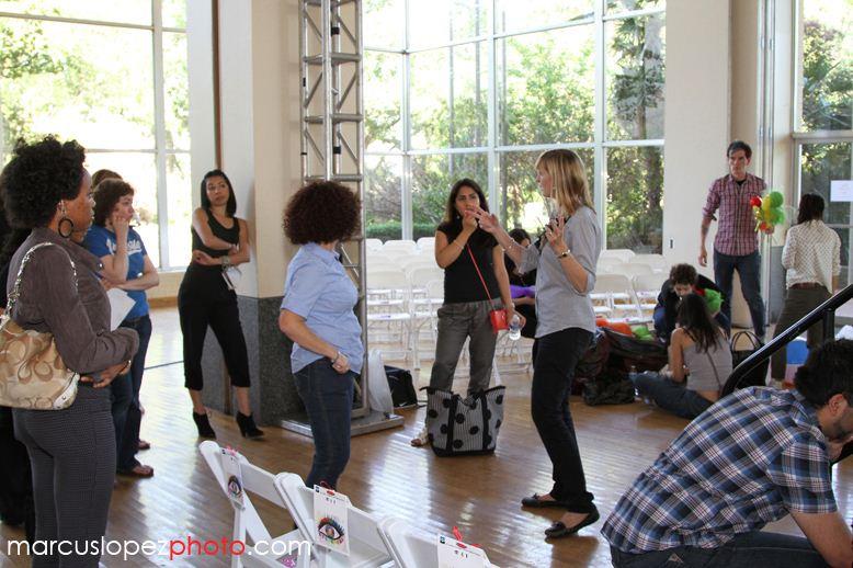 El Centro students preparing for fashion event.