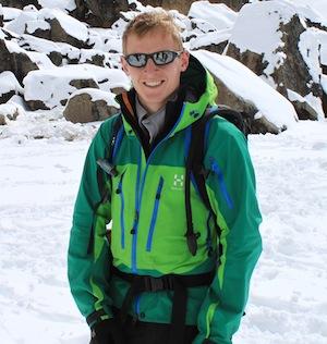 Rhys Jones to support ski charity