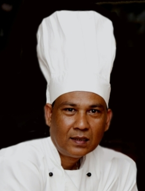 Mafiz Ali at Ayr Spice Indian Restaurant, Ayrshire