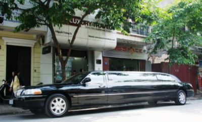 Limousine Service by Luxury Travel Company