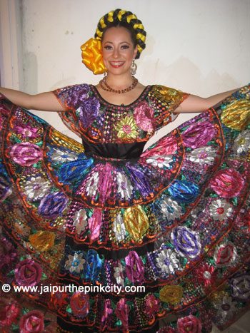 Mexican Folkloric Ballet Performs in Jaipur ...