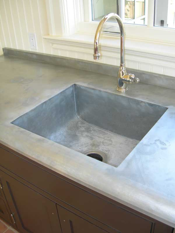 Zinc countertop with integrated sink from Mio Metals