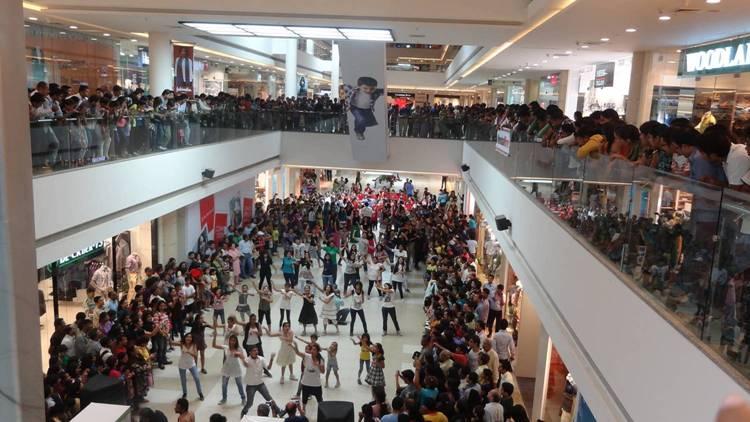 Flash Mob at AlphaOne, Ahmedabad - 2