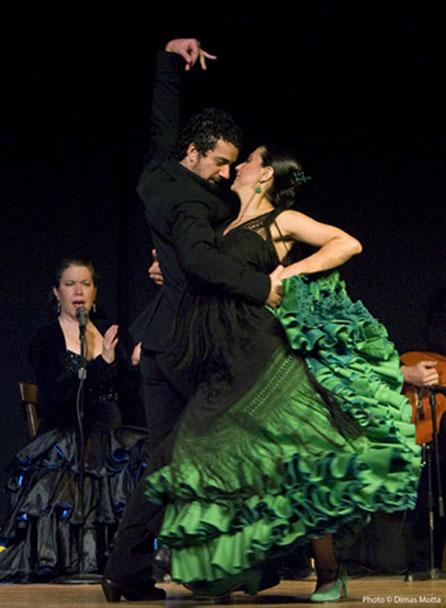 Gabriela Granados, Juan Siddi and Aurora Reyes in Tablao Flamenco™, Dec. 2008