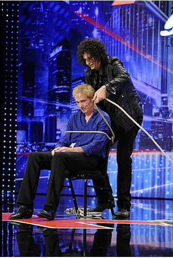 Howard Stern Ties Up Michael Griffin Escape Artist On Americas Got Talent
