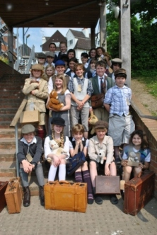 Dunhurst pupils experience World War II